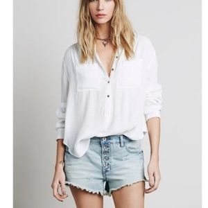 Free People Shorts - Free People Runaway Slouch Cut Off jean shorts